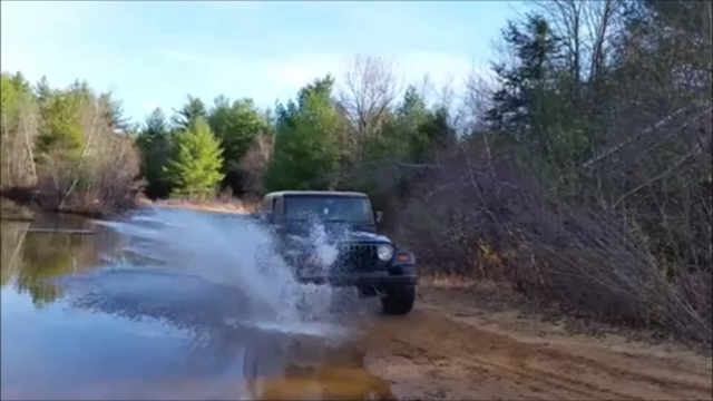 Jeepin the other day, cool spots in Farmington Splash10
